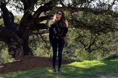 Get this look: http://lb.nu/look/8594479  More looks by Cosmina M. //mbcos.net: http://lb.nu/mbcos  Items in this look:  Stylewe Tunic, Polette Sunglasses   #minimal #romantic #street #stylewe #ootd #blacklook #nature #malagafashionblogger #bestlooks2017
