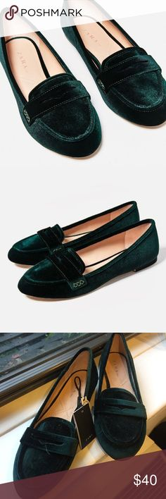 NWT Green Velvet Zara Loafers New with tags! Size 39 Zara Shoes Flats & Loafers