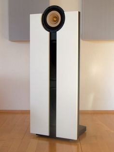 """Finally an interesting modern speaker: HIFIAkademie Open Baffle Dipol speaker with 8"""" full range driver and 2x15"""" woofer per channel. It's partly active: the woofers are driven by a DSP amp"""