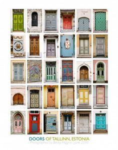I'm a big fan of lovely front doors!