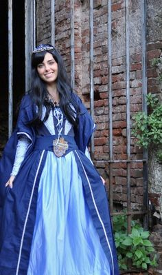 Rowena Ravenclaw by ~Aoi-Berry on deviantART Cosplay Ideas, Costume Ideas, Costumes, 30th Birthday, Birthday Ideas, Renaissance Costume, Cosplay Tutorial, Lucca, Ravenclaw