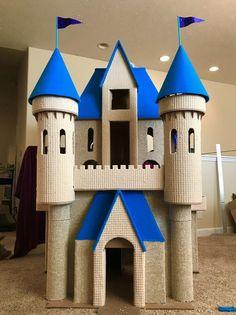 Cardboard Cat House, Cardboard Playhouse, Cardboard Castle, Playhouse Plans, Cardboard Crafts, Cardboard Fireplace, Cardboard Furniture, Cat Castle, Kids Castle