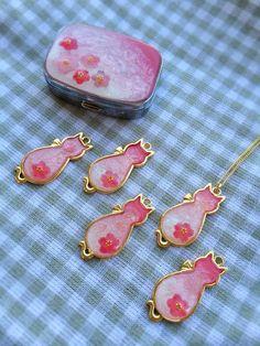 「レジン ピルケース 桜」の画像検索結果