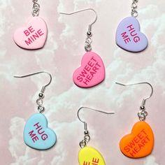 Custom Earrings, Earrings Handmade, Handmade Jewelry, Diy Quirky Jewelry, Diy Heart Earrings, Diy Earrings Easy, Etsy Earrings, Diy Jewelry Inspiration, Valentines Jewelry