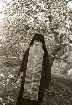 Προσευχή του Αγίου Όρους: Αν τη λέτε κάθε πρωί τίποτα κακό δεν θα σας αγγίξει - ΕΚΚΛΗΣΙΑ ONLINE