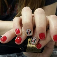Case ih nails by dayna guzman nails pinterest case ih ih shellac wildfire with glitter on ring finger with international harvester initials on it prinsesfo Gallery