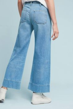 Slide View: 2: Citizens of Humanity Abigail High-Rise Wide-Leg Cropped Jeans