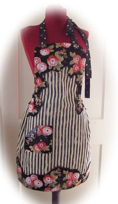 Another really cute apron, with a sort of Mackenzie Childs vibe.