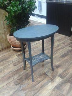 stolík na ..... všetko :-)