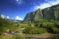 Ngarai Sianok - West Sumatra, Indonesia by evilniefil.deviantart.com on @deviantART