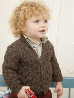 Buy Rowan Studio - Issue 30 pattern book from Black Sheep Wools. As one of the UK's top suppliers we offer the lowest price on Rowan Studio - Issue 30 pattern book. Knitting For Kids, Baby Knitting Patterns, Knitting Designs, Hand Knitting, Knitting Projects, Crochet Baby, Knit Crochet, Rowan Yarn, Baby Shawl