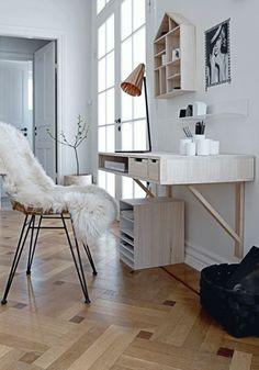 die besten 25 schreibtisch klappbar ideen auf pinterest klapptisch designerm bel klapptisch. Black Bedroom Furniture Sets. Home Design Ideas