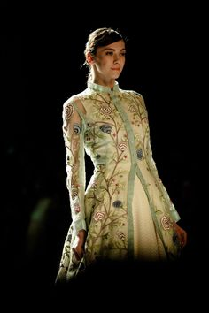 Rahul Mishra Couture 2016 For the modern day bride, elements from oldest hand techniques and artworks inspired by delicate flora of monsoons, Couture 2016, Couture Week, Indian Dresses, Indian Outfits, Kurti Styles, Indian Designer Wear, Long Tops, Everyday Look, Indian Wear
