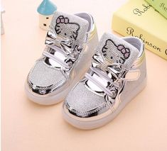 0cca398983ce0 Tenis Nina Luces Led Hello Kitty Led Shoes en Mercado Libre México