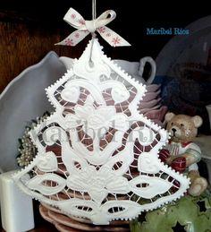 Adorno de Navidad, Royal icing, Richelieu embroidery, arte comestible