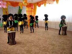 "Папуасы ""Чумба Э"" 1 тур Рауан - YouTube African Art Projects, Zumba Kids, Welcome To The Jungle, Yoga For Kids, English Grammar, Music Videos, Preschool, Teaching, Youtube"