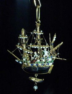 Queen Elizabeth I's ship pendant necklace
