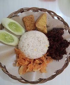 Kedai Sunda Green Lake City http://www.perutgendut.com/reviews/read/kedai-sunda/500 #Review #Kuliner #Food #Indonesia