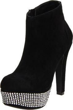 Steve Madden Women's Banngg Ankle Boot,Black Suede,10 M US Steve Madden http://www.amazon.com/dp/B0062FNZFY/ref=cm_sw_r_pi_dp_iuxRub1HEHZT1