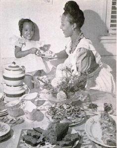"Dorothy Dandridge and her daughter, Harolyn aka ""Lynn"""