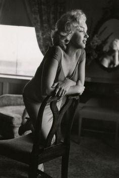Marilyn Monroe 1952 Photo by Ben and Sid Ross
