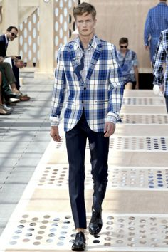 Louis Vuitton - Men Fashion Spring Summer 2014 - Shows - Vogue.it