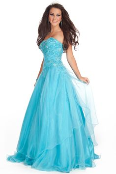 Love this dress!!! The color, the sparkles, the tulle, the cut, and the glamorous effect!!!!!