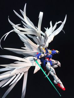 RG 1/144 Wing Gundam Zero Custom EW 'Extra Feather' - Customized…