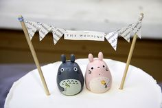 Totoro cake toppers!
