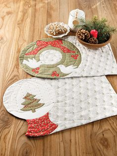 New Quilt Patterns - 'Tis the Season for Quilting Tree Quilt Pattern, Star Quilt Patterns, Christmas Quilt Patterns, Christmas Wall Hangings, Circle Template, Table Runner Pattern, Fabric Markers, Quilted Table Runners, Quilted Wall Hangings