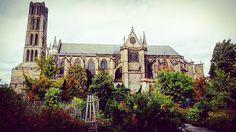#Latergram #Cathédrale #SaintÉtienne #Limoges vue depuis les #jardins de l'évêché.  #LimogesTourisme #HauteVienne #Limousin #igershautevienne #igerslimoges #igerslimousin #igersfrance #ig_france #architecture #instarchitecture #architectureporn #architecturelovers #trésorspatrimoine #patrimoine #église #church #clocher #clochersdefrance #medieval #moyenage #france #BeautifulFrance #MagnifiqueFrance #gardens