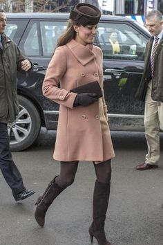 Kate Middleton|  Get great fashion tips at 40plusstyle.com