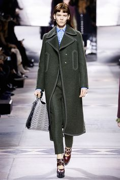 Mulberry - LFW Fall/Winter 2016-2017 - so-sophisticated.com