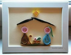 I like that this is already framed. It helps judge size to makes. It also gives the gift a finished look. Paper Quilling Patterns, Quilling Paper Craft, Quilling Designs, Paper Crafts, Quilling Christmas, Christmas Ornament Crafts, Upcycled Crafts, Diy And Crafts, Arts And Crafts