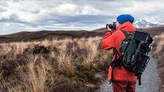 4 façons de financer votre voyage à travers le monde en 2021 – Tsilemewa™ Freelance Photography, Photography Day, Landscape Photography Tips, Digital Photography School, Photography Tips For Beginners, Travel Photography, Photography Backdrops, Photography Hashtags, Perspective Photography