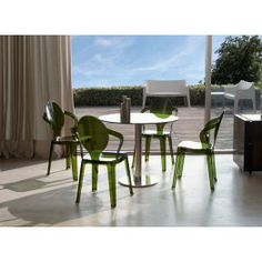 King transparent recyclable plastic stacking chair by Scab Design, Polypropylene body available in various transparent and sold colour solutions Dining Room Furniture, Outdoor Furniture Sets, Dining Chairs, Dining Table, Outdoor Chairs, Indoor Outdoor, Outdoor Decor, Contemporary Design, Modern Design