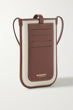 Leather Bags Handmade, Leather Craft, Leather Handbags, Leather Wallet, Diy Leather Phone Case, Leather Projects, Leather Accessories, Burberry, Leather Working