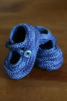 SheepSpace: Baby Booties [pattern]