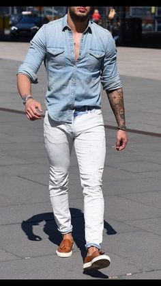 white jeans outfit men- how to style white jeans Trendy Mens Fashion, Mens Fashion Suits, Stylish Men, Men Casual, Casual Jeans, Boho Fashion, Outfit Jeans, Lässigen Jeans, Moda Formal