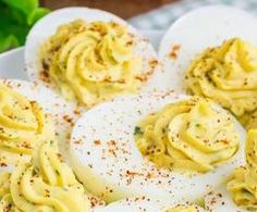 HUEVOS RELLENOS A LA DIABLA Pasta, Spaghetti, Ethnic Recipes, Food, Deviled Eggs, Calamari, Recipes With Rice, Food Processor, Ethnic Food