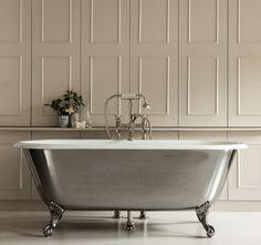 Freistehende Badewanne - Blickfang und Luxus im Badezimmer  - http://freshideen.com/badezimmer-ideen/freistehende-badewanne.html