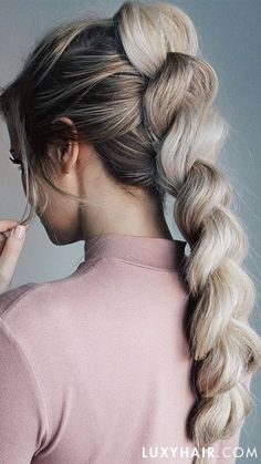 HOW TO: Pull through braid tutorial Source hair styles, easy hairstyles, wedding hairstyles, hairsty Cool Braid Hairstyles, Box Braids Hairstyles, Hairstyle Braid, Hairstyle Ideas, Curly Haircuts, Hairstyles Haircuts, Pretty Hairstyles, Elegant Hairstyles, Ponytail With Braid