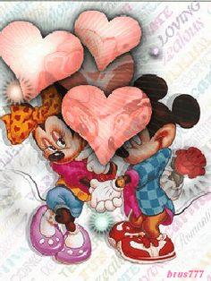 ❤️Mickey and Minnie Mouse Arte Do Mickey Mouse, Mickey Mouse Y Amigos, Mickey And Minnie Love, Walt Disney Mickey Mouse, Mickey Mouse And Friends, Mickey Mouse Wallpaper, Disney Wallpaper, Heart Wallpaper, Retro Disney