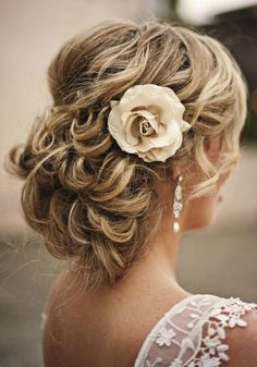 30 Ways to Wear a Messy Updo: Messy Prom Updos