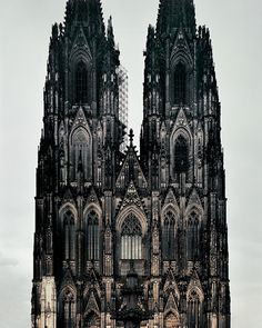 """willkommen-in-germany: """"Der Kölner Dom (Cologne Cathedral) is a Roman Catholic church in Köln (Cologne), Central-Western Germany. It's a renowned monument of German Catholicism and Gothic architecture. Art Et Architecture, Beautiful Architecture, Beautiful Buildings, Cathedral Architecture, Islamic Architecture, Architecture Religieuse, Art Graphique, Place Of Worship, Victorian Gothic"""