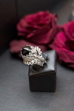 FOUREYES - New Zealand Street Style Fashion Blog: FOUREYES ON MEADOWLARK www.eyeseyeseyeseyes.com Street Style Blog, Dark Beauty, New Zealand, Style Fashion, Heart Ring, Wedding Rings, Events, Engagement Rings, Sterling Silver