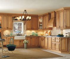 Diamond Reflections Vancouver Maple Palomino - Traditional styling describes this partial overlay style. Vancouver is an ideal style to add artisan glazing finishes or painted colors. Beautiful Kitchen Designs, Beautiful Kitchens, Cool Kitchens, Kitchen Cupboards, New Kitchen, Kitchen Ideas, Kitchen Stuff, Kitchen Decor, Cabinets