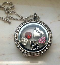 Family love Spirit Locket ....Compare prices and see for yourself these affordable lockets. Go here to buy http://www.spiritlockets.com/#borinquen and or https://www.facebook.com/PuertoRicoLockets