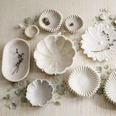 These marble bowls provide perfect romantic style for your home to showcase your delicate pieces or as standalone decor. Ceramic Pottery, Pottery Art, Ceramic Art, Ceramic Bowls, Slab Pottery, Thrown Pottery, Pottery Plates, Pottery Studio, Ceramic Mugs