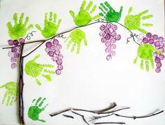 Hroznové víno - otisk ruky (listy), otisk špuntu (víno)